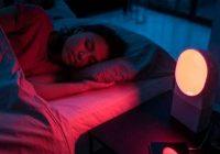 Guli pie gaismas? Iemesls var būt liekais svars. Sensacionāls zinātnieku atklājums
